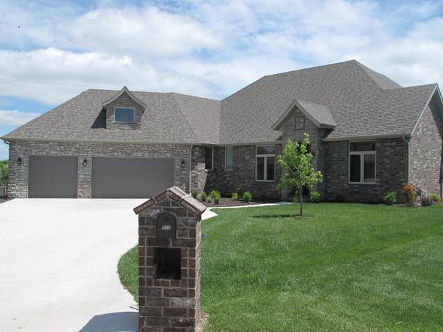 900 Lorenza Drive, Nixa, MO 65714 (MLS #60152603) :: Sue Carter Real Estate Group