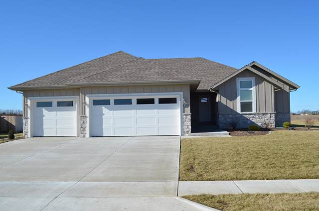 6013 N 6th Avenue, Ozark, MO 65721 (MLS #60152649) :: Sue Carter Real Estate Group