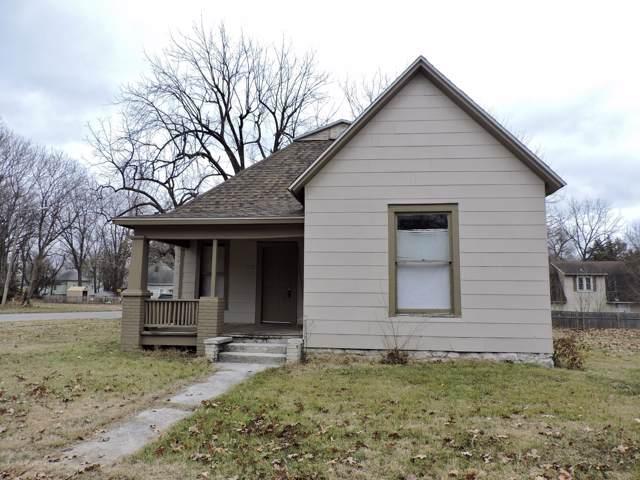 1636 N Clay Avenue, Springfield, MO 65803 (MLS #60152651) :: Weichert, REALTORS - Good Life