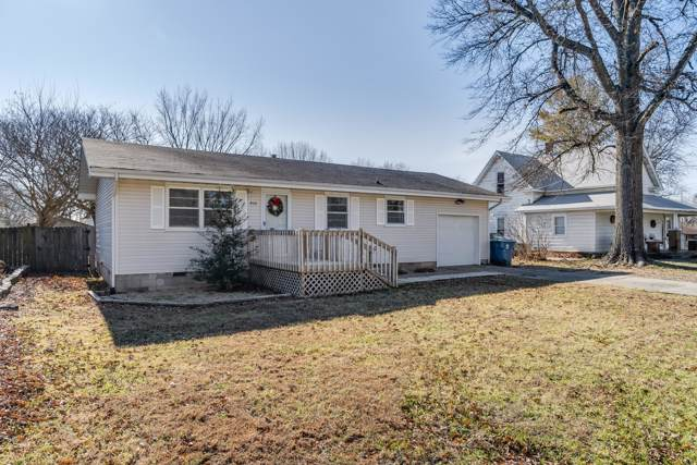 304 E St Louis Street, Nixa, MO 65714 (MLS #60152818) :: Sue Carter Real Estate Group