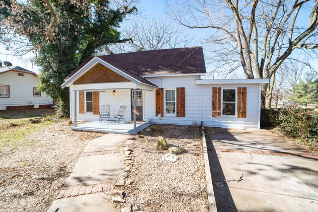 407 Clarke Avenue, Clever, MO 65631 (MLS #60152905) :: Team Real Estate - Springfield