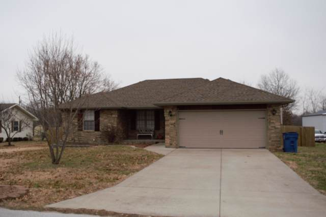 1904 S 14th Avenue, Ozark, MO 65721 (MLS #60153176) :: Team Real Estate - Springfield