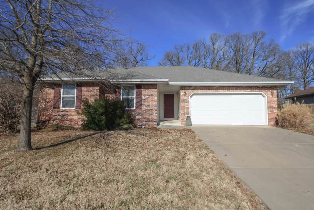 1211 E Hampton Drive, Ozark, MO 65721 (MLS #60153384) :: Sue Carter Real Estate Group