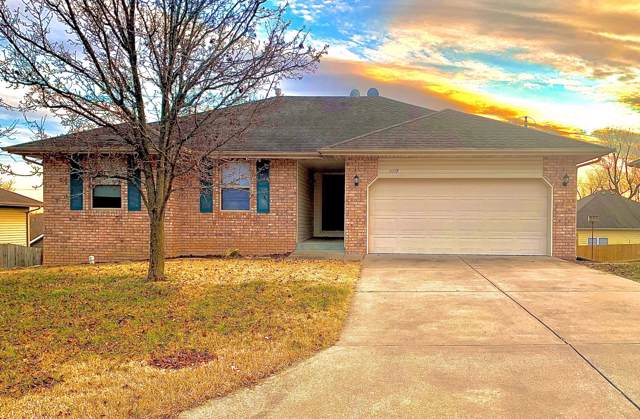 2008 E Charles Street, Republic, MO 65738 (MLS #60154396) :: Sue Carter Real Estate Group