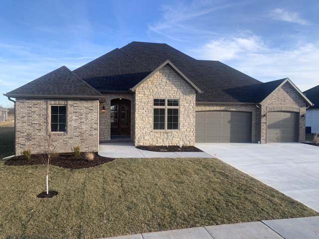 688 N Foxhill Circle, Nixa, MO 65714 (MLS #60154605) :: Sue Carter Real Estate Group