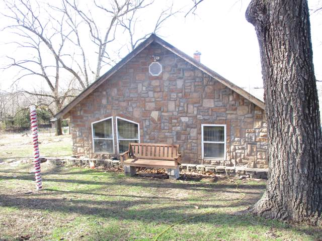 597 County Road 350, Caulfield, MO 65626 (MLS #60155475) :: Weichert, REALTORS - Good Life