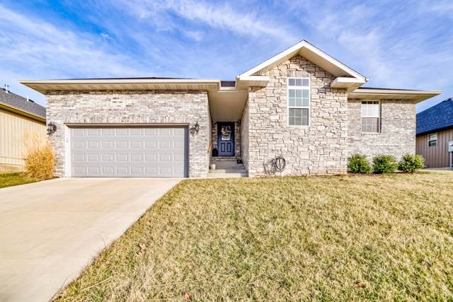 820 S Eastridge, Nixa, MO 65714 (MLS #60155527) :: The Real Estate Riders
