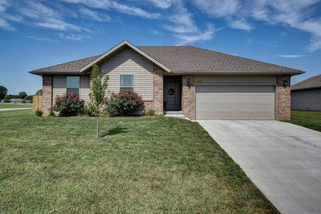 5533 W Yew Street, Springfield, MO 65802 (MLS #60155583) :: Sue Carter Real Estate Group