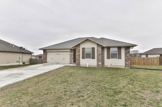 303 Ashton Avenue, Clever, MO 65631 (MLS #60155658) :: Sue Carter Real Estate Group
