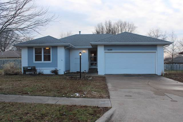 3689 S Holiday Avenue, Springfield, MO 65807 (MLS #60155772) :: The Real Estate Riders