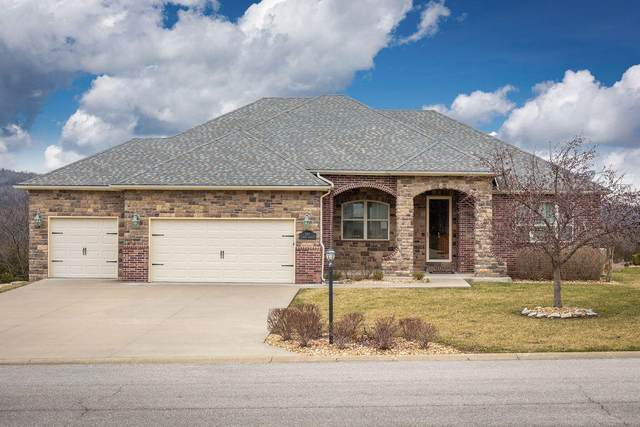 209 Stoney Pointe Drive, Hollister, MO 65672 (MLS #60157672) :: Clay & Clay Real Estate Team