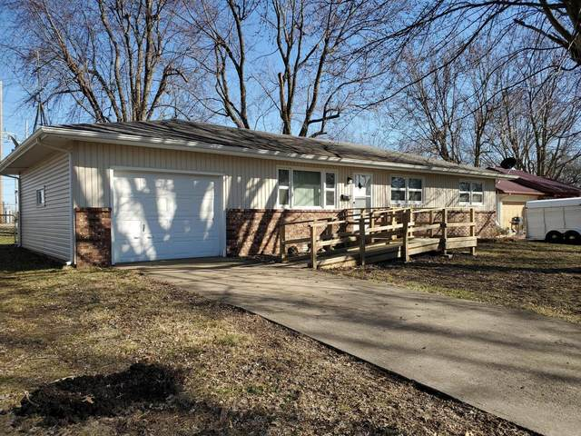 810 Patten Street, Mt Vernon, MO 65712 (MLS #60157944) :: Sue Carter Real Estate Group
