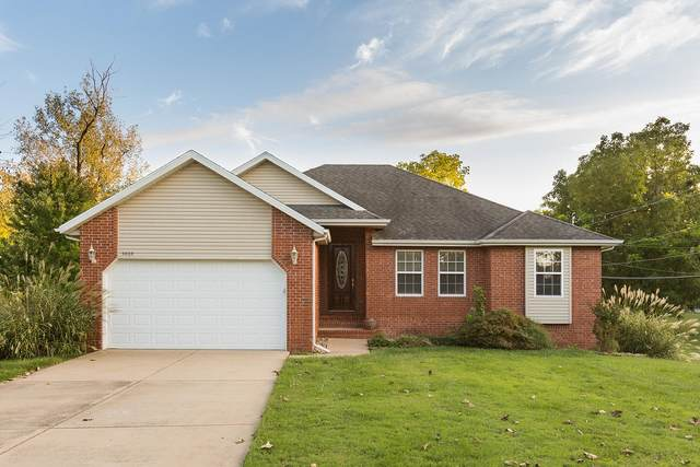 3004 E Eastmoor Court, Springfield, MO 65804 (MLS #60158231) :: The Real Estate Riders