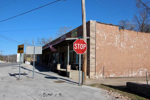 22232 Main Street, Reeds Spring, MO 65737 (MLS #60158817) :: Team Real Estate - Springfield