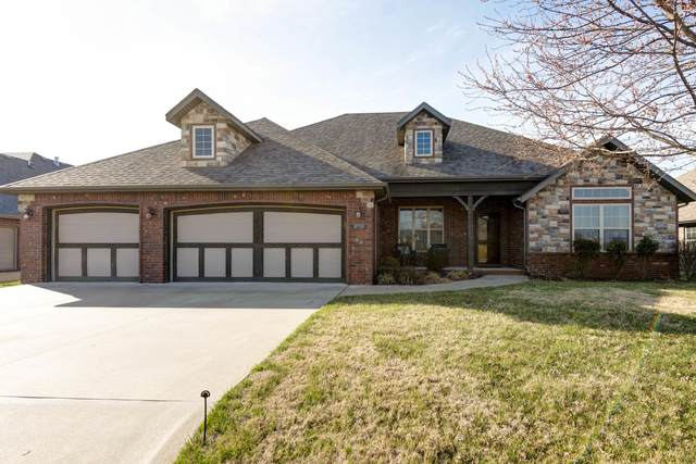 8728 Interlochen Drive, Nixa, MO 65714 (MLS #60159091) :: Clay & Clay Real Estate Team