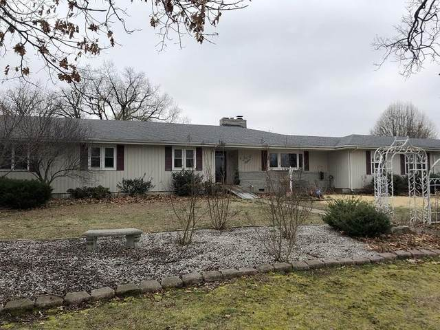 745 College Street, Greenfield, MO 65661 (MLS #60159286) :: Team Real Estate - Springfield