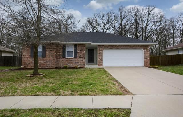 1211 E Hampton Drive, Ozark, MO 65721 (MLS #60159913) :: The Real Estate Riders