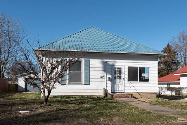 107 W Cherry Street, Mt Vernon, MO 65712 (MLS #60160019) :: Weichert, REALTORS - Good Life