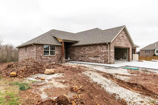 3818 W Stonehinge Drive, Springfield, MO 65807 (MLS #60160133) :: Winans - Lee Team | Keller Williams Tri-Lakes