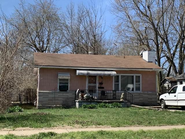 905 N West Avenue, Springfield, MO 65802 (MLS #60160285) :: Team Real Estate - Springfield