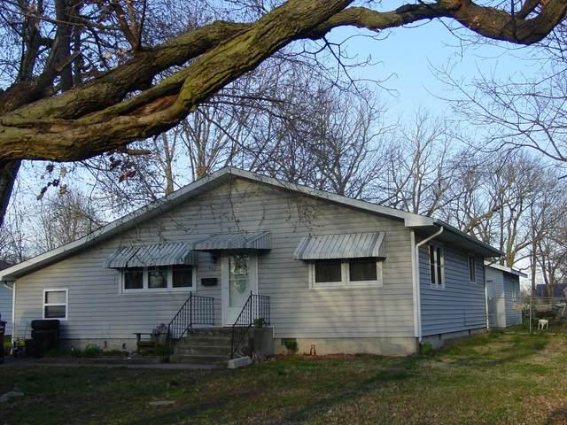 922 S Oak Avenue, Aurora, MO 65605 (MLS #60160533) :: Team Real Estate - Springfield