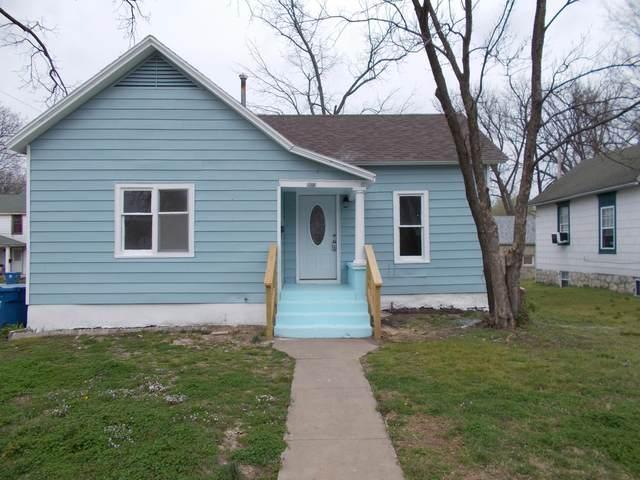 503 E 3rd, Carthage, MO 64836 (MLS #60160804) :: Team Real Estate - Springfield