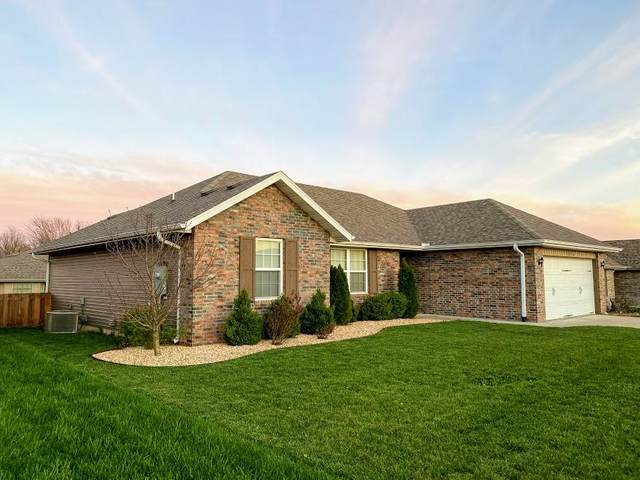 1276 S Rome Avenue, Republic, MO 65738 (MLS #60160833) :: Sue Carter Real Estate Group
