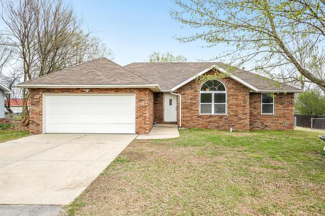 315 Little Avenue, Clever, MO 65631 (MLS #60160864) :: Sue Carter Real Estate Group