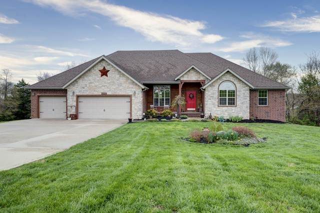 2008 S Hillock Court, Ozark, MO 65721 (MLS #60160966) :: Clay & Clay Real Estate Team