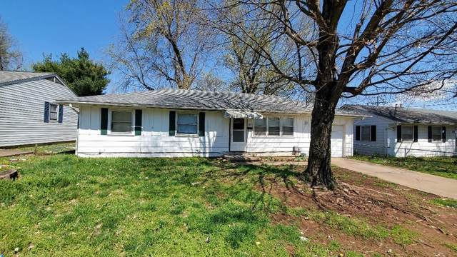 2213 W Bodeb Street, Springfield, MO 65802 (MLS #60161009) :: Weichert, REALTORS - Good Life