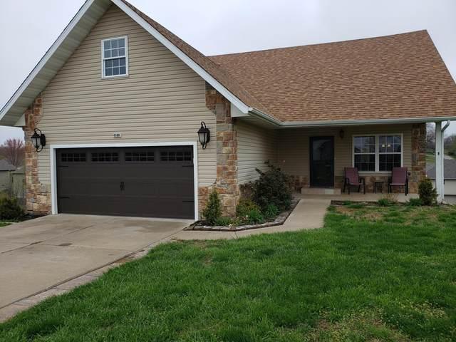 4388 N Shirley Avenue, Springfield, MO 65803 (MLS #60161239) :: Winans - Lee Team | Keller Williams Tri-Lakes
