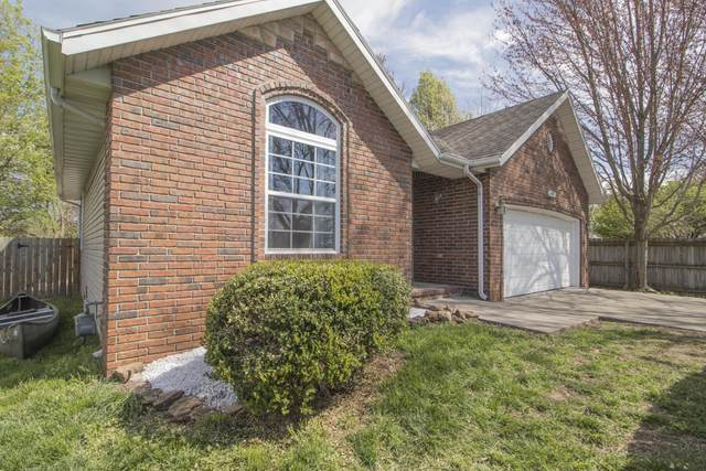 3977 W Beechwood Street, Springfield, MO 65807 (MLS #60161324) :: Sue Carter Real Estate Group