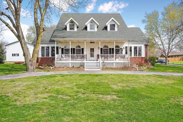 2111 E Warren Avenue, Ozark, MO 65721 (MLS #60161398) :: Team Real Estate - Springfield
