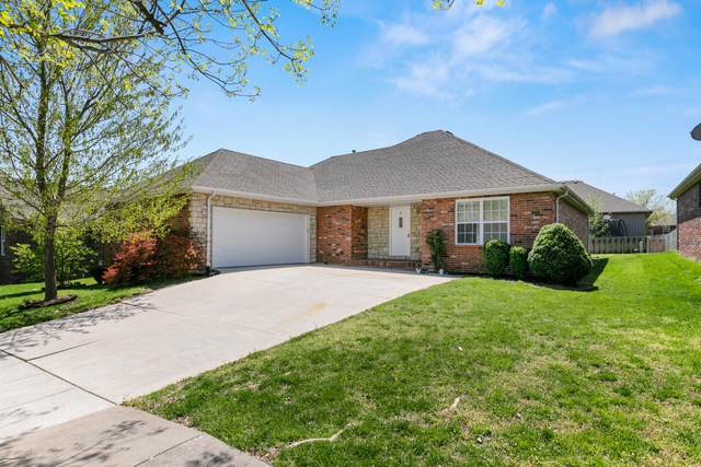 606 E Katella Circle, Nixa, MO 65714 (MLS #60161995) :: Winans - Lee Team | Keller Williams Tri-Lakes