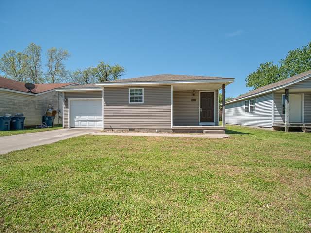 112 S Winfield Avenue, Joplin, MO 64801 (MLS #60162343) :: The Real Estate Riders
