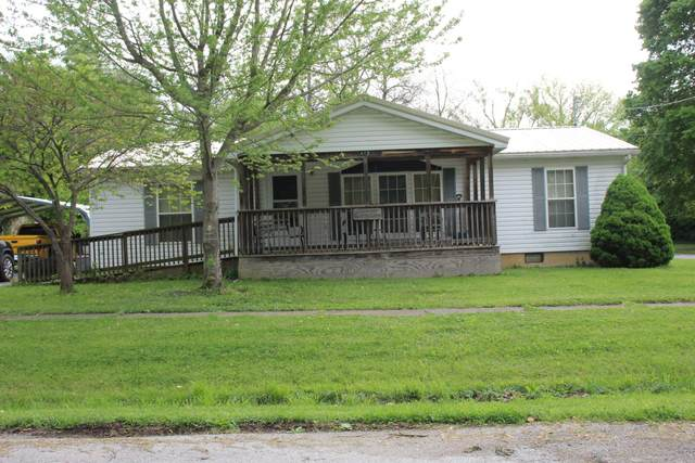 412 S Arthur Street, Humansville, MO 65674 (MLS #60163039) :: Winans - Lee Team | Keller Williams Tri-Lakes