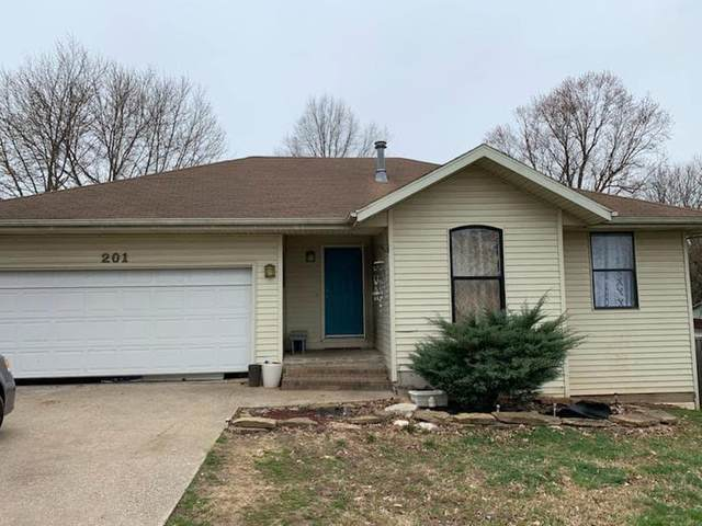 201 Smalley Street, Nixa, MO 65714 (MLS #60163150) :: Clay & Clay Real Estate Team