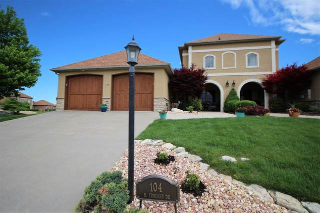 104 N Tuscany, Hollister, MO 65672 (MLS #60163177) :: Clay & Clay Real Estate Team