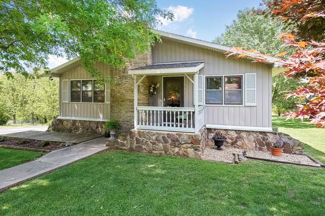 726 W Scott Street, Monett, MO 65708 (MLS #60163422) :: Team Real Estate - Springfield