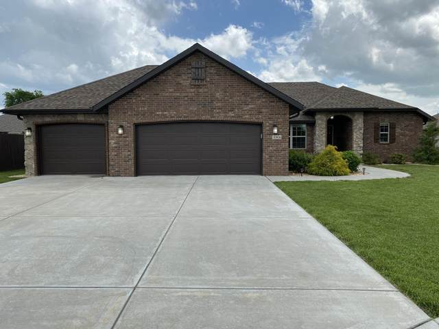 386 E Lombardy Drive, Republic, MO 65738 (MLS #60163776) :: Winans - Lee Team | Keller Williams Tri-Lakes