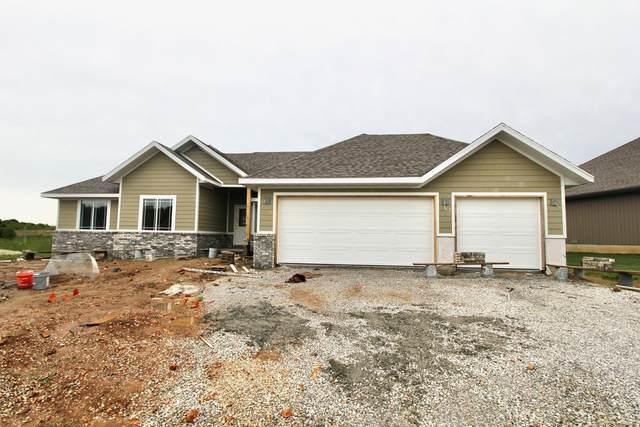 1696 E Calvary Camp, Republic, MO 65738 (MLS #60164130) :: Sue Carter Real Estate Group