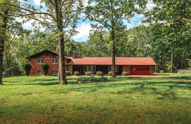 19845 Highway 32, Licking, MO 65542 (MLS #60164175) :: Sue Carter Real Estate Group