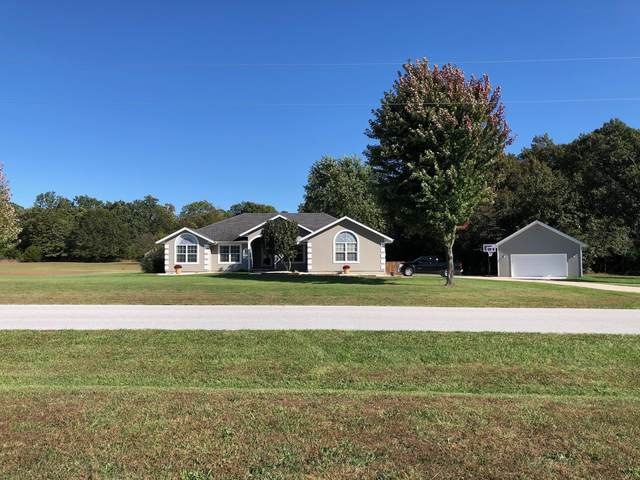 4236 N Castle Oaks Boulevard, Strafford, MO 65757 (MLS #60164177) :: Clay & Clay Real Estate Team