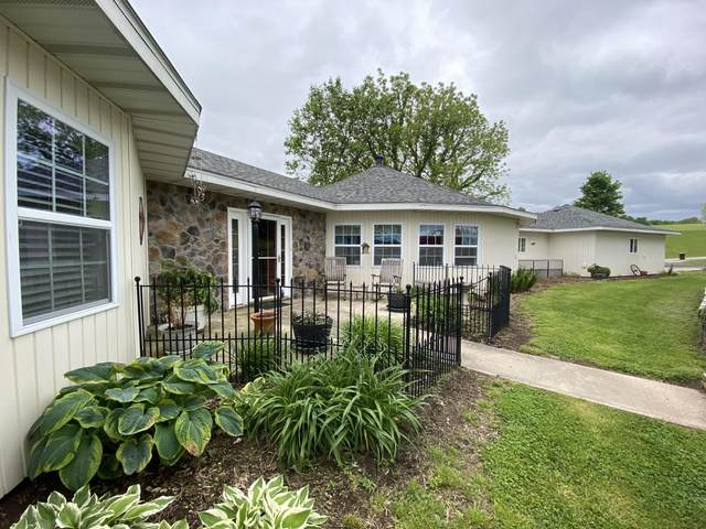 105 Whipporwill Drive, Nixa, MO 65714 (MLS #60164191) :: Team Real Estate - Springfield