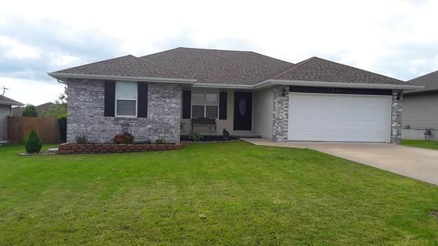 211 Ashton Avenue, Clever, MO 65631 (MLS #60164270) :: Sue Carter Real Estate Group