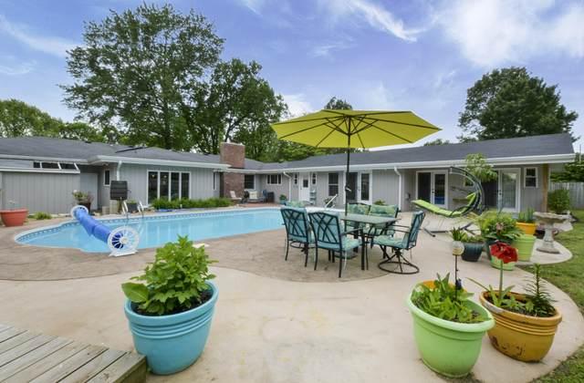 207 W Bennett Street, Nixa, MO 65714 (MLS #60164364) :: Sue Carter Real Estate Group