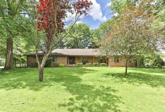 2205 S Meadowview Avenue, Springfield, MO 65804 (MLS #60164461) :: Weichert, REALTORS - Good Life