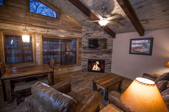 26 Cave Lane Cabin 18, Indian Point, MO 65616 (MLS #60164588) :: Weichert, REALTORS - Good Life