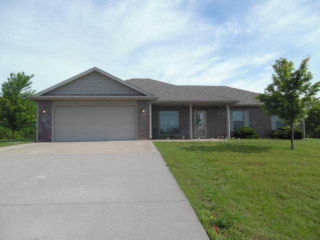 205 Melton Way, Cassville, MO 65625 (MLS #60164679) :: Weichert, REALTORS - Good Life
