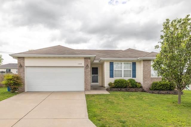 1209 S 14th Street, Ozark, MO 65721 (MLS #60164692) :: Team Real Estate - Springfield